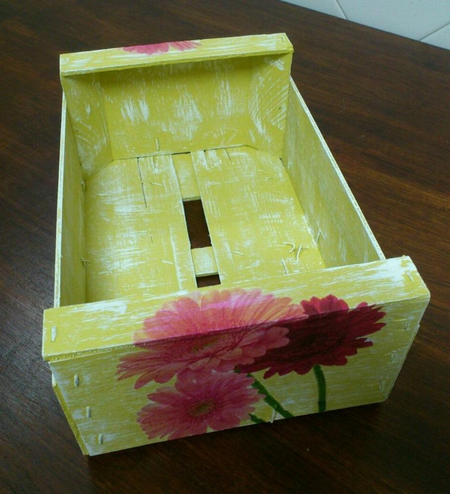 Caja de fruta reciclada1