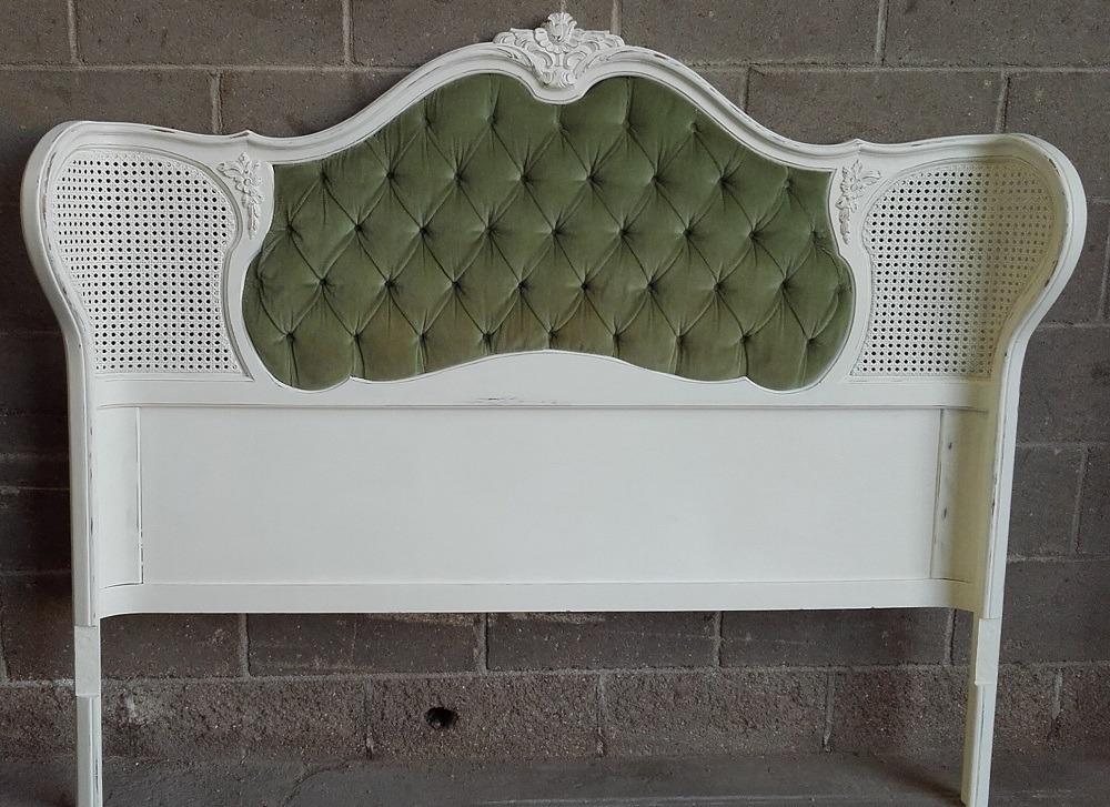 Cabecero de cama con rejilla1