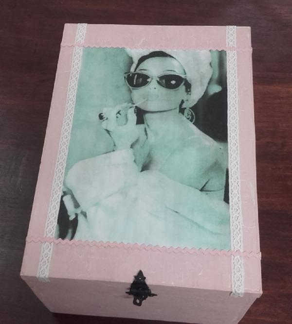 """Caixa de vi reciclada """"Audrey""""1"""