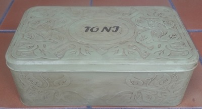 caixa metàl.ica2